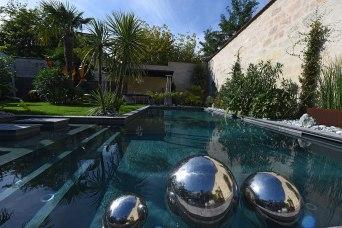 maison-prestige-bordeaux-jardin-piscine